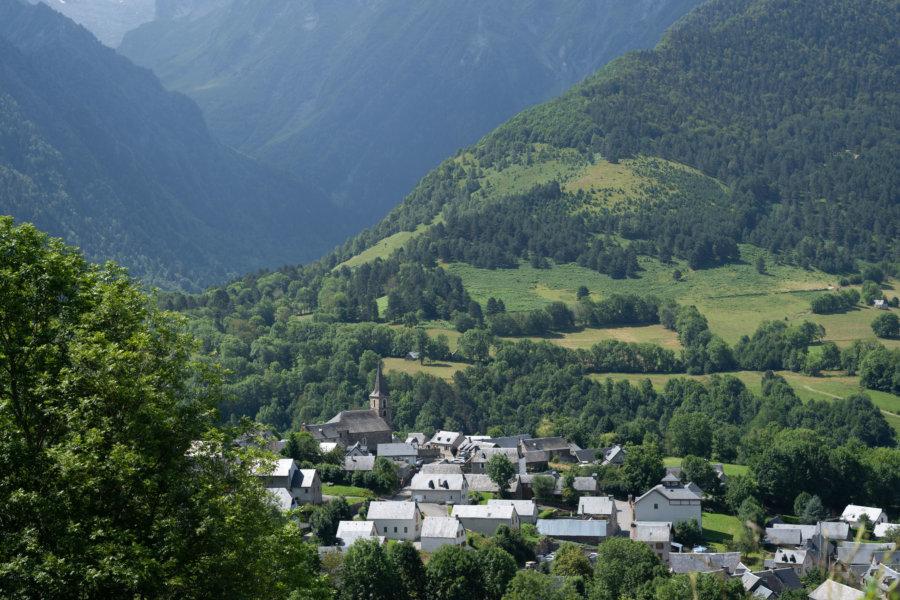 Village d'Azet dans les Hautes-Pyrénées