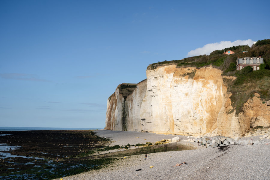 Plage et falaises de Saint-Pierre-en-Port, randonnée GR21 Normandie