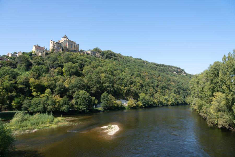 Château de Castelnaud et fleuve de la Dordogne