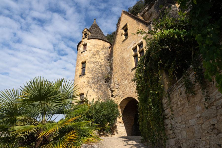 Bâtiment historique à La-Roque-Gageac, plus beau village de France