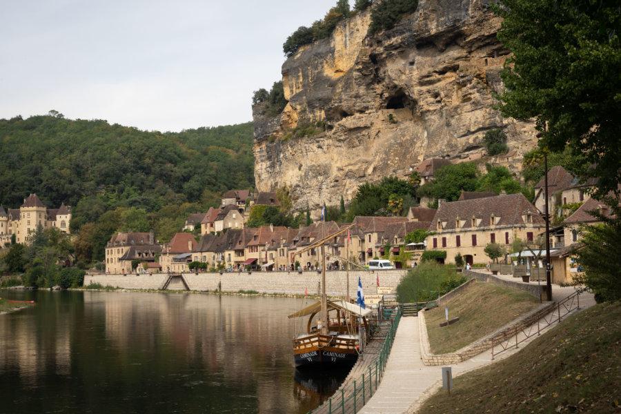 Village de La-Roque-Gageac dans le Périgord noir