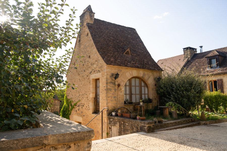 Village de Montfort à Vitrac en Dordogne