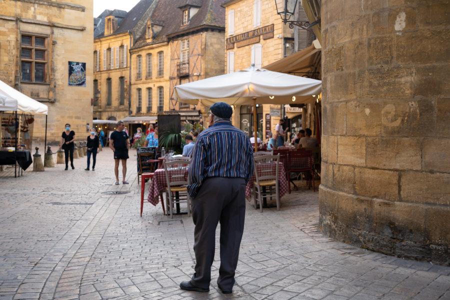 Visiter la ville de Sarlat en Dordogne