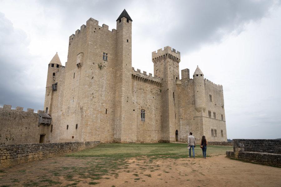 Visite du château de Beynac et Cazenac en Dordogne
