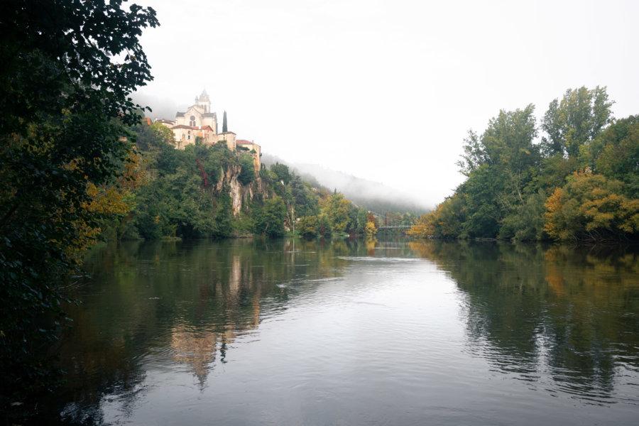 Village d'Albas et fleuve du Lot