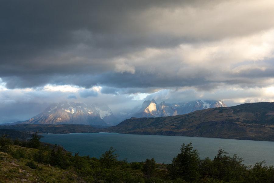 Paysage à l'approche du parc Torres del Paine