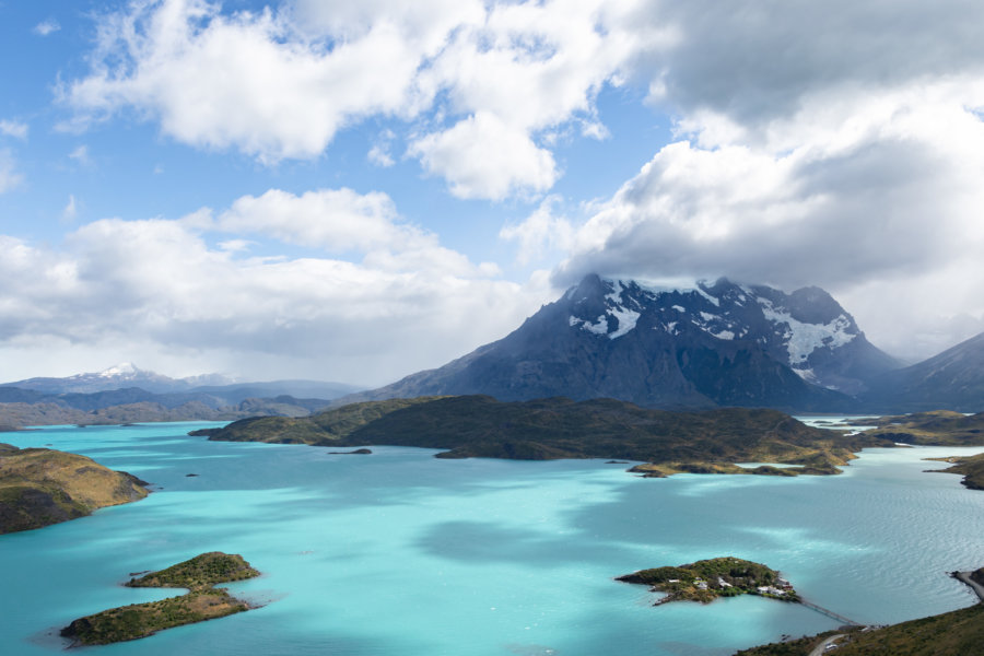 Lac Pehoé depuis le mirador du Condor, Torres del Paine