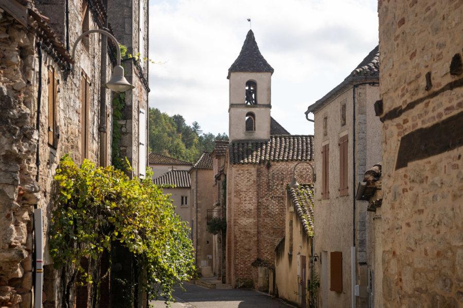 Village de Luzech sur les méandres du Lot