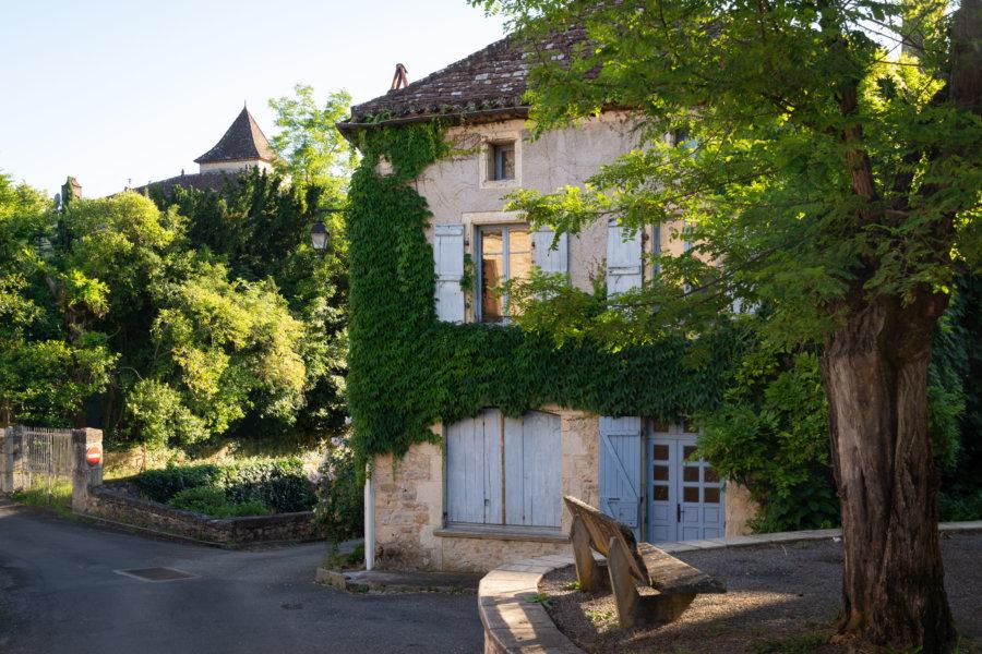 Village de Puy-l'Évêque dans le Lot