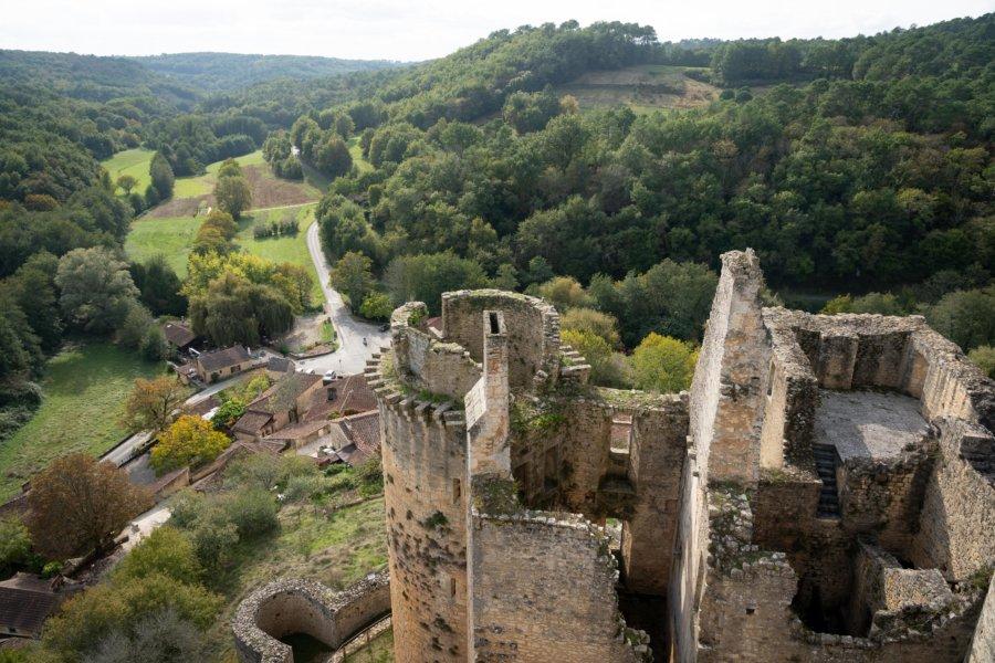 Vue du château de Bonaguil dans le Lot-et-Garonne