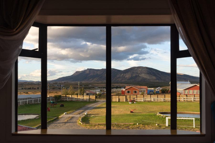 Vue depuis l'hôtel à Puerto Natales au Chili