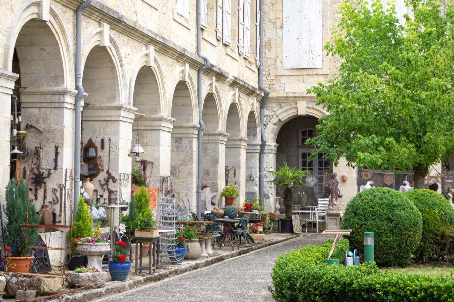 Village des brocanteurs à Lectoure
