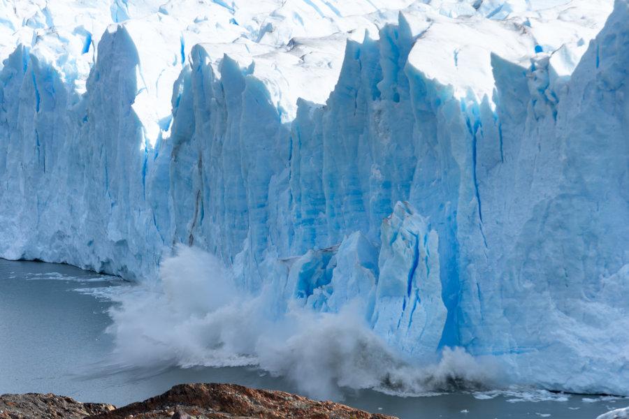 Chute de glace sur le Perito Moreno