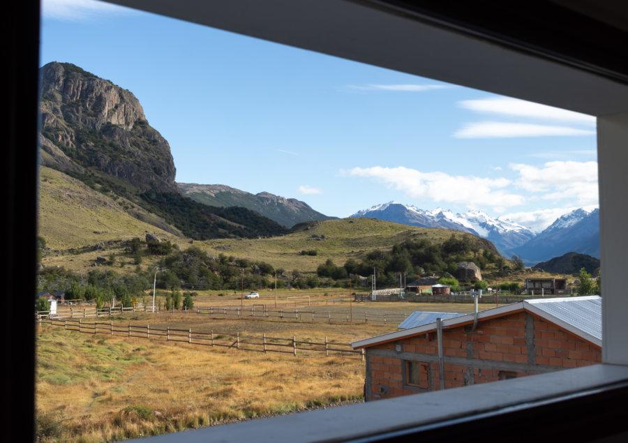 Vue sur la montagne depuis la chambre d'El Chaltén