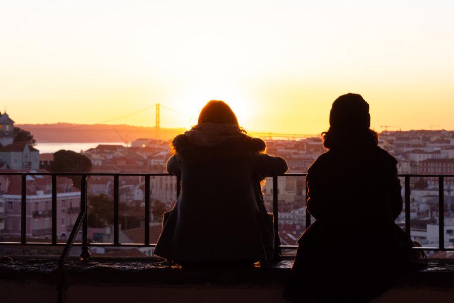 Coucher de soleil à Lisbonne, mirador de Graça