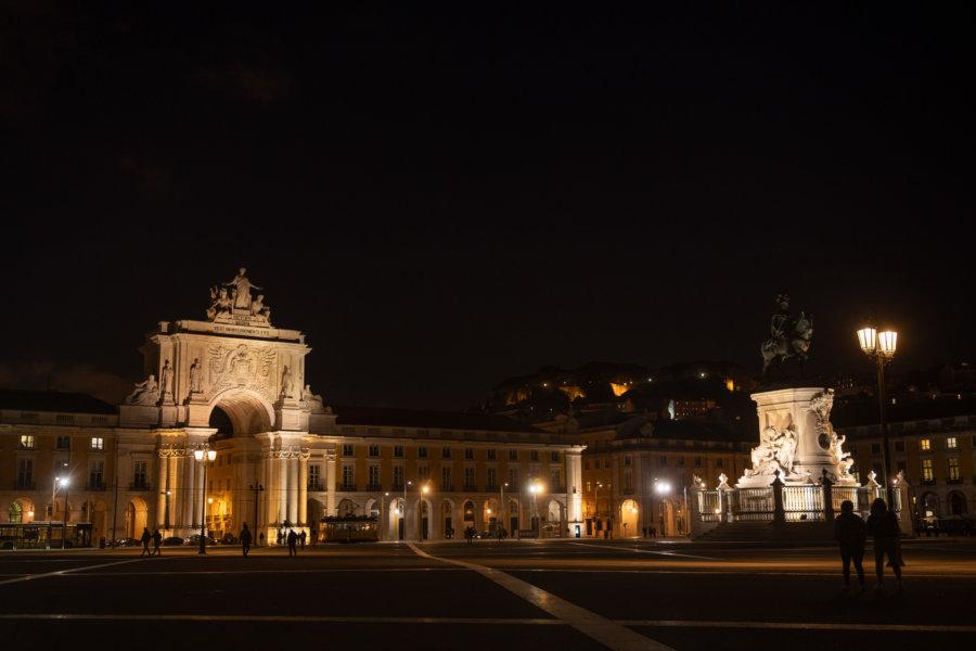 Place du commerce de nuit, Lisbonne, Portugal