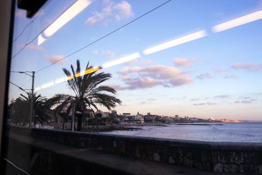 Train entre Cascais et Lisbonne