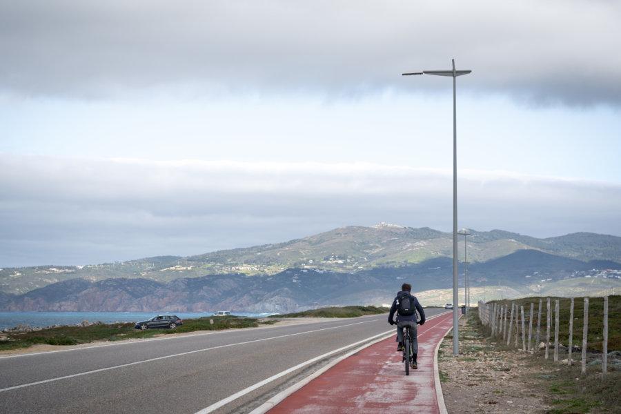 Vélo près de Cascais sur la côte d'Estoril