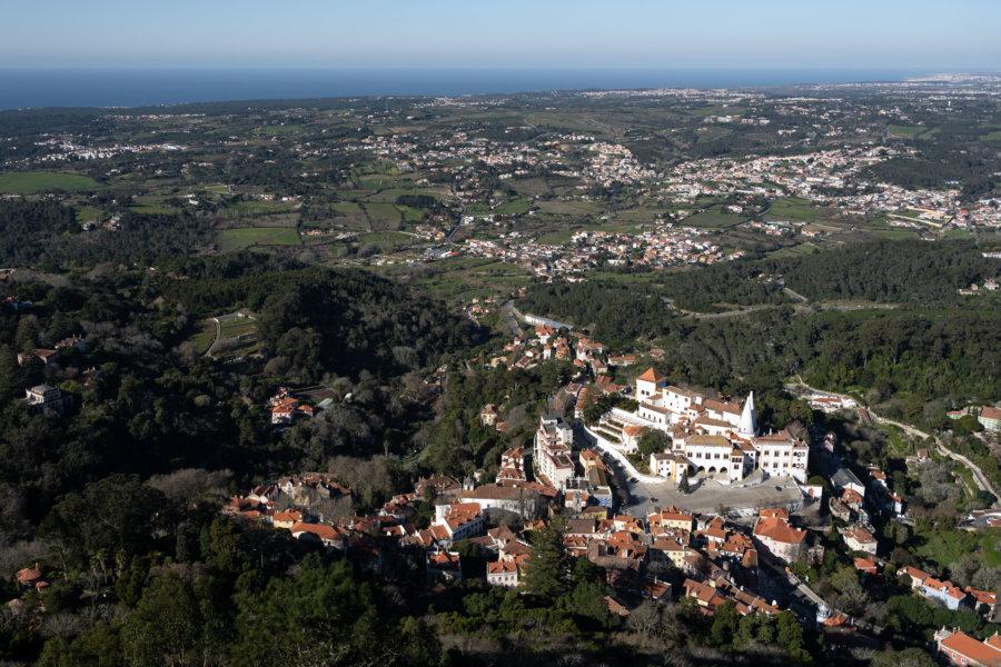 Vue sur Sintra depuis le château des Maures