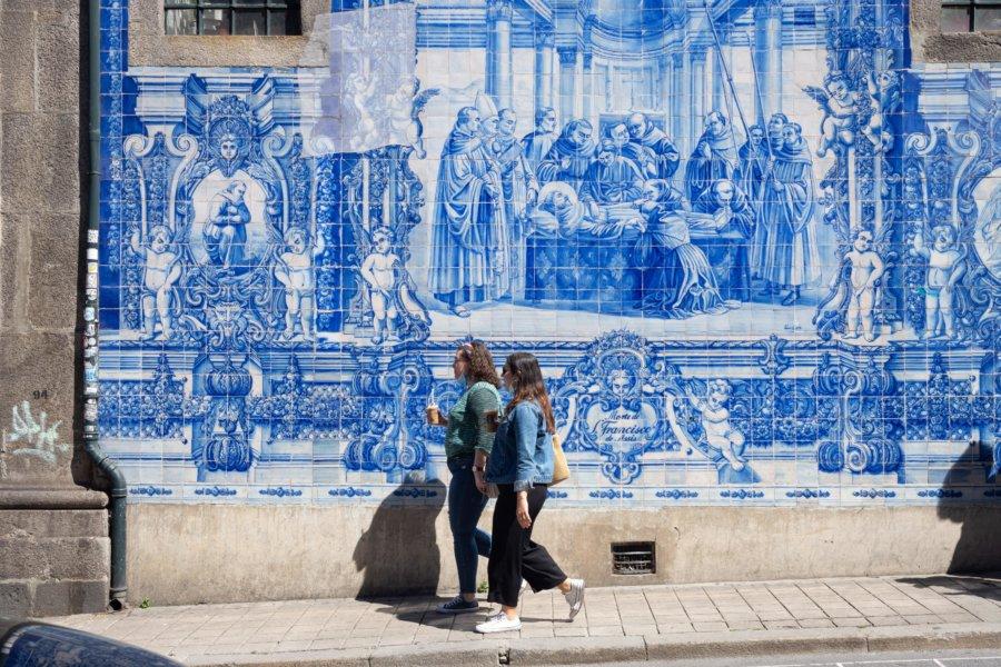 Capela das Almas et azulejos à Bolhao, Porto