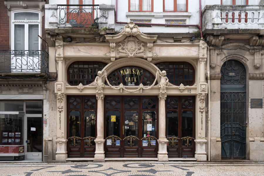 Majestic Café rue Santa Catarina à Porto