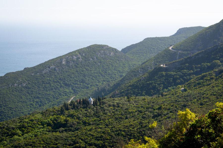 Route panoramique dans le parc naturel d'Arrábida
