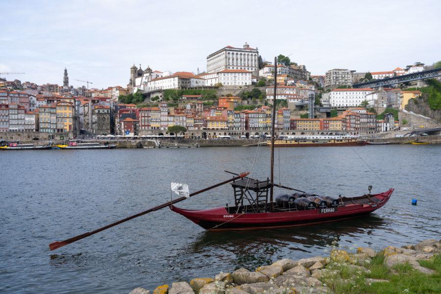 Bateau sur le Douro à Vila Nova de Gaia